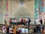 People performing cremation under Shastri Bridge