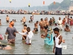 UP: Hindu devotees take holy dip in Sangam