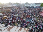 A view of rush at wholesale vegetable market during lockdown relaxation in Jabalpur