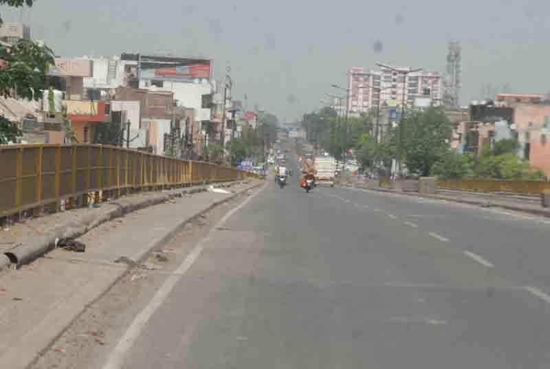 Weekend curfew in Delhi to curb Covid-19 spread