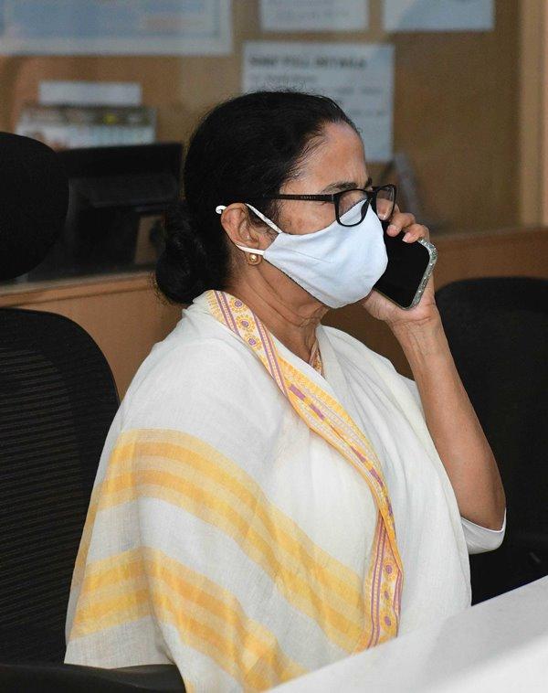 Bengal CM Mamata Banerjee monitors Cyclone Yaas