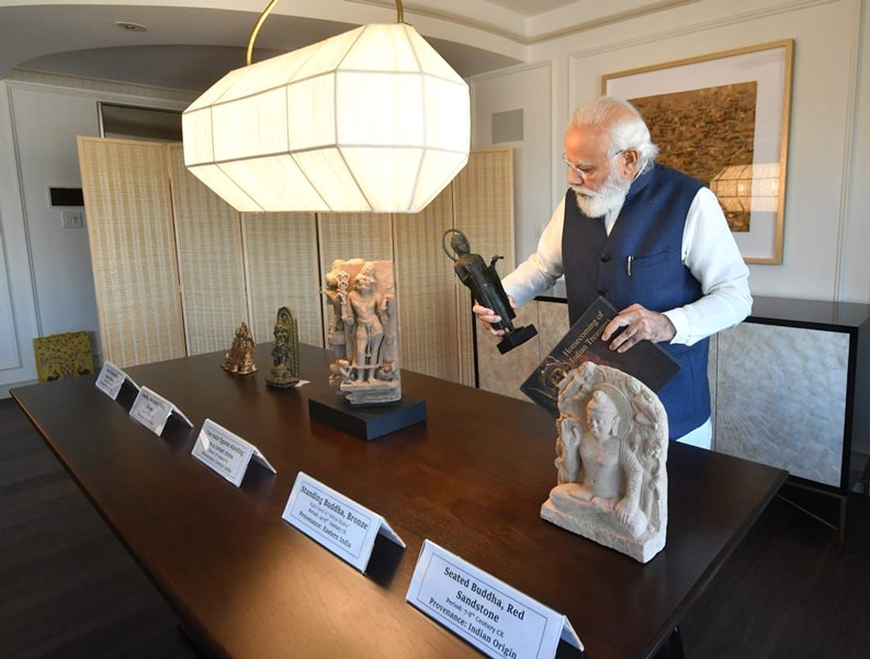 Glimpse of PM Modi reviewing artifacts and antiquities which he is bringing back to India from US