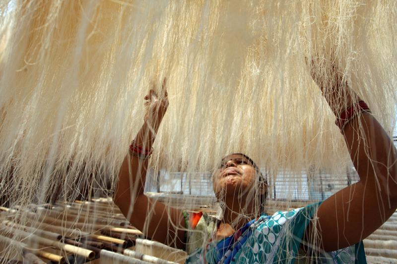 Woman airs strands of Sewai ahead of Eid in UP's Prayagraj