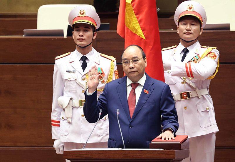 Swearing-in of Vietnam President Nguyen Xuan Phuc
