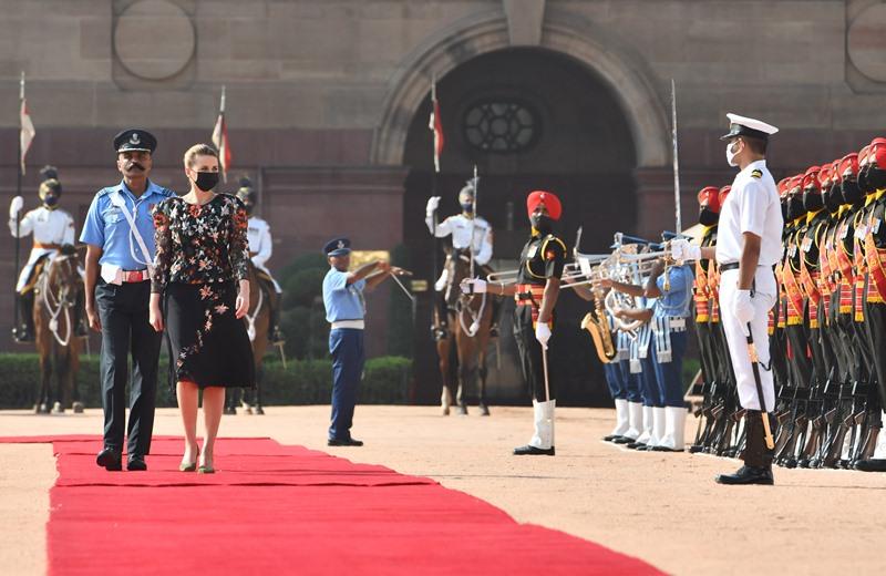 Modi receives Denmark PM at Rashtrapati Bhavan