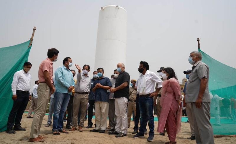 Delhi CM Kejriwal visits Oxygen Storage Center
