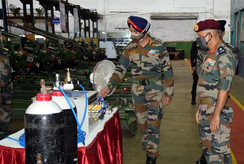 Lt Gen Yogendra Dimri visits workshhop in Jabalpur