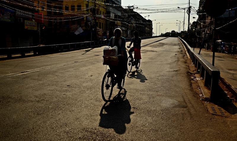 Kolkata: Glimpses of a locked down city under the shadow of Covid