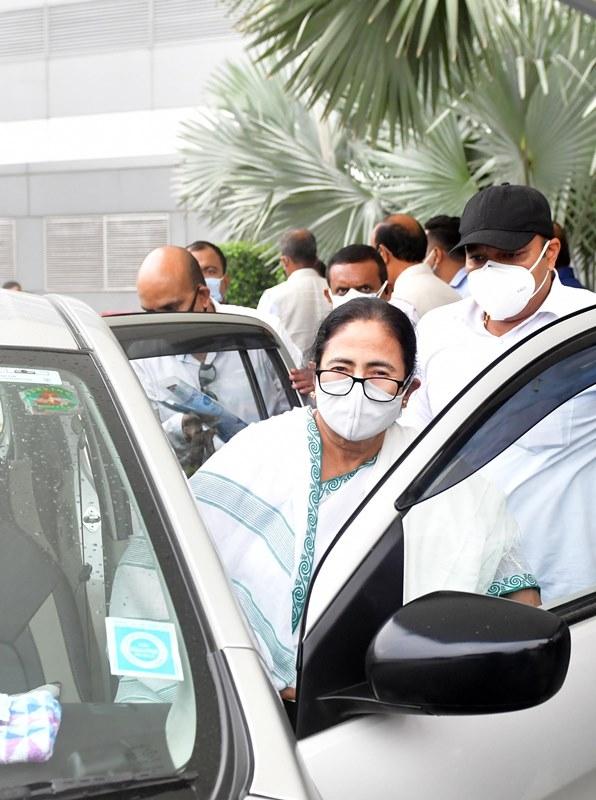 Mamata Banerjee undertakes Delhi trip