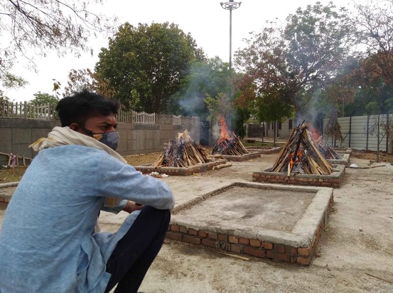 Bodies of Covid-19 victims being cremated at Delhi's Sarai Kale Khan crematorium
