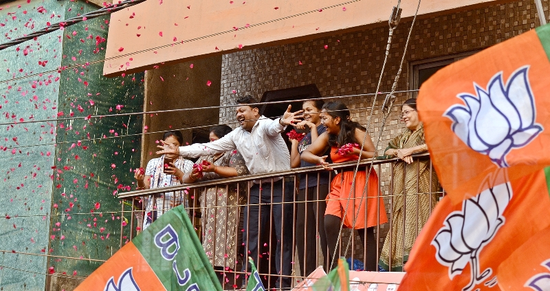 Bengal polls: Amit Shah holds roadshow for BJP candidates Babul Supriyo, Srabanti Chatterjee and Payel Sarkar in South Kolkata