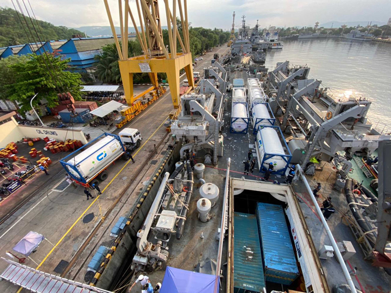 INS Airavat arrives in Vishakapatnam with COVID materials