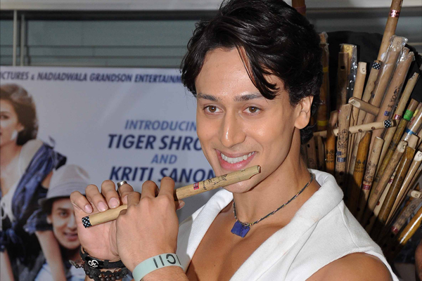 Tiger Shroff loves flute, plays dad Jackie's Hero tunes