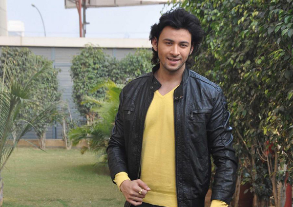 Yaariyan actor Dev Sharma will be seen in negative role in 'DNA Of Love'