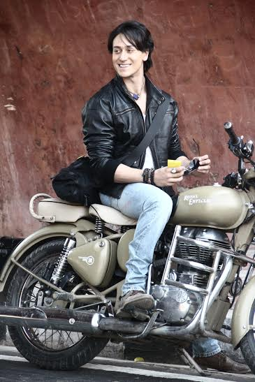 Tiger Shroff back with his Heropati Team