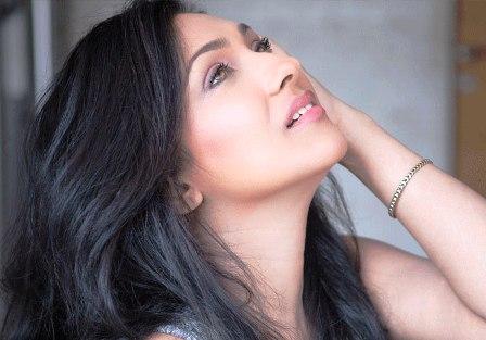 Setting trends never happens in modern fashion: Rituparna Sengupta
