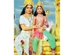 Sridevi shares her old picture with Jayalalithaa