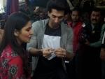 Aditya Roy Kapur, Katrina Kaif venture on shopping spree at Delhi's Janpath Market
