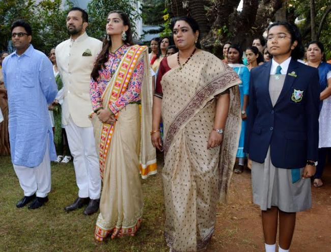 Sonam Kapoor celebrated Republic Day at Neerja Bhanot's school