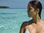 Katrina Kaif sizzles in white bikini pic