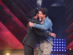 Remo D'Souza delighted as SRK hugs him