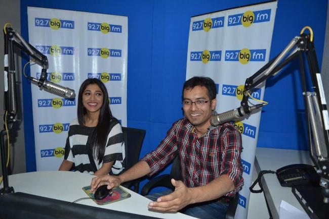 'Devi' actors visit 92.7 Big FM studio