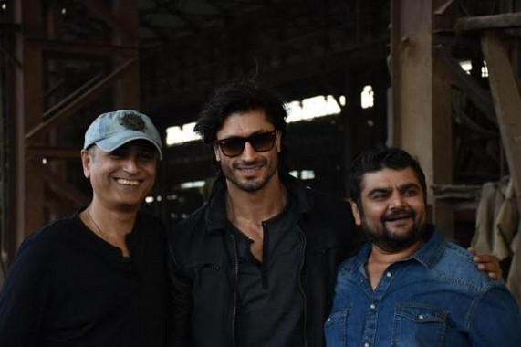 New song from Commando 2 released