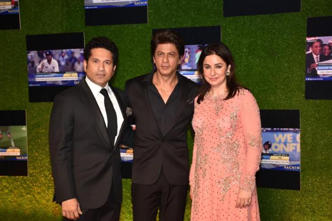 Indian cricket team attends Sachin