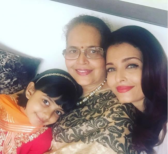Ash spends Rakhi with mother, daughter, shares adorable images on social media