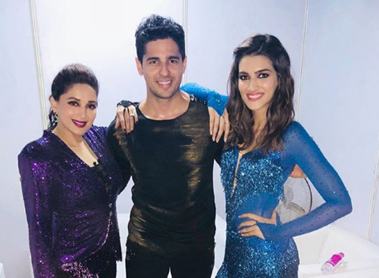 Kriti Sanon, Sidharth pose in Dil To Pagal Hai style with Madhuri Dixit