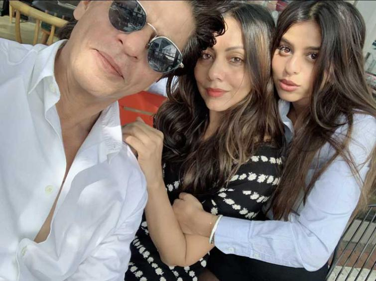 School ends, learning doesn't: Shah Rukh Khan gives important message to daughter Suhana as she completes graduation