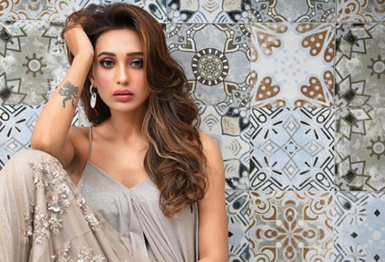 Mimi Chakraborty looks glamourous in her latest Instagram pictures