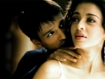 Vivek Oberoi apologises for his meme on Aishwarya Rai Bachchan, deletes tweet