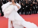 Ash looks angelic on her day 2 appearance at Cannes red carpet