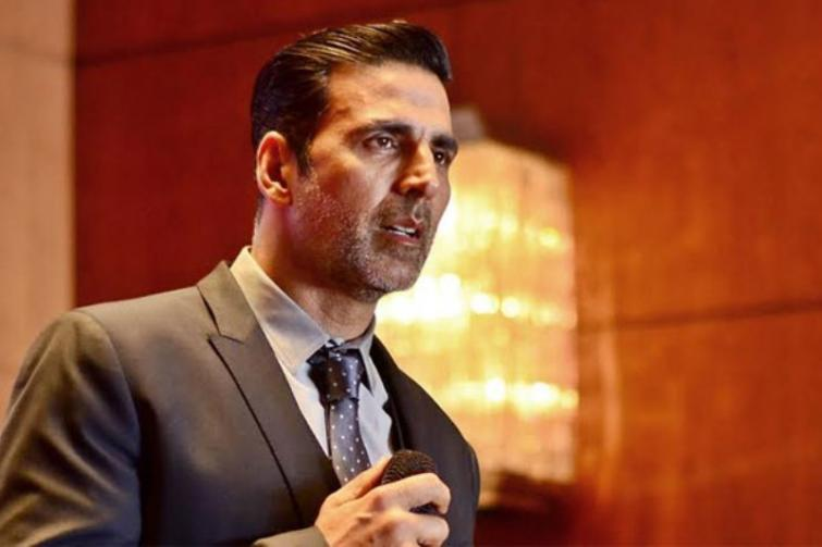 Akshay Kumar now appears in a music video