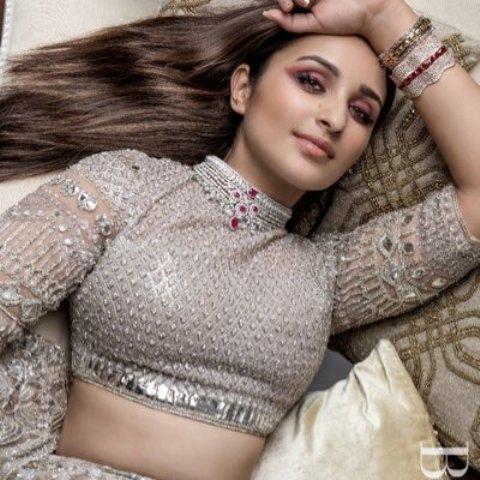 Parineeti Chopra to play Saina's role in upcoming movie