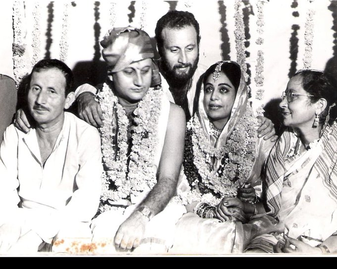Anupam Kher shares memorable throwback image on his 34th marriage anniversary with Kirron