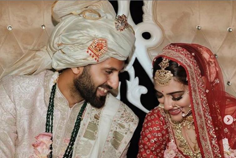 Nusrat Jahan shares new heart melting image with her husband on Instagram