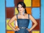 Beauty in Blue: Sunny Leone looks ravishing in new Instagram post