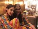 Sara Ali Khan enjoys day out with mummy Amrita