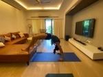 Bollywood and Covid19: Rakul Preet Singh practices yoga in self-quarantine, shares image
