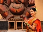 Sunny Leone wears traditional saree, wishes people on Ganesh Chaturthi
