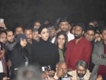 #boycottchhapaak trends on Twitter as Deepika Padukone stands beside JNU students, many praise actress too