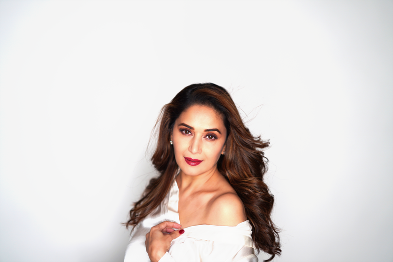 Would have done research in genetics if I was not an actor, says Madhuri on completing 36 yrs in Bollywood
