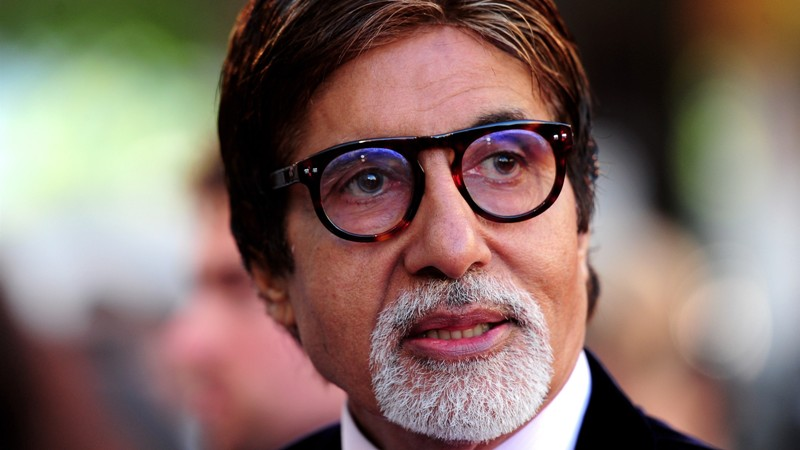 Legendary actor Amitabh Bachchan turns 78 today, celebs pour love for 'Shahenshah' on Twitter