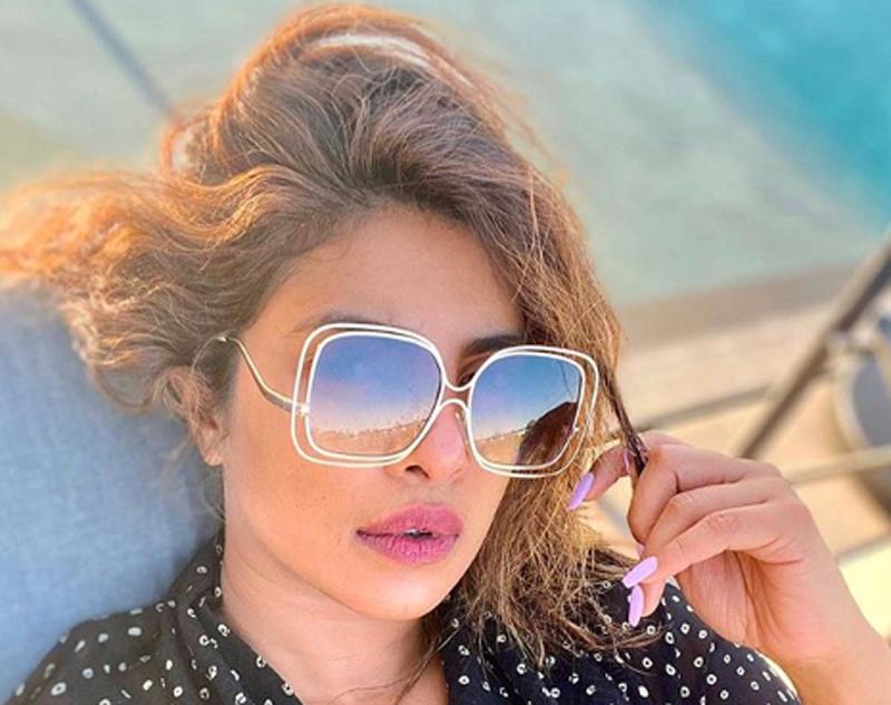 Priyanka Chopra looks gorgeous in her latest Instagram image, sports a stylish sunglass