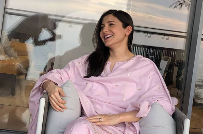 Anushka Sharma spends quality time with father, shares teatime picture on social media