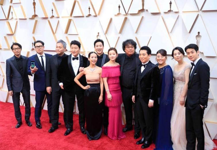 South Korean film Parasite creates history at Oscars 2020, Joaquin Phoenix shines