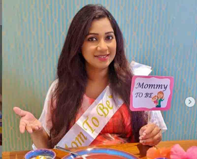 Shreya Ghoshal enjoys her online 'surprise baby shower' shares images on Instagram