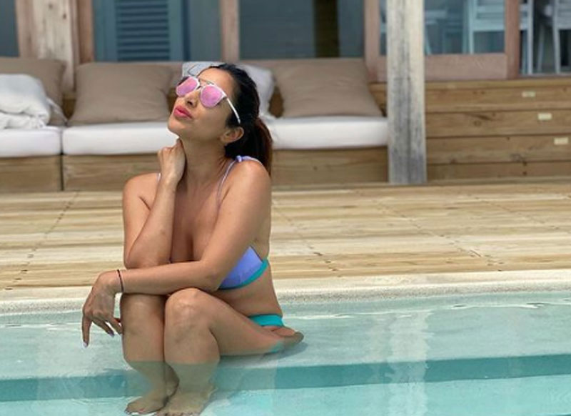 Sophie Choudry sets internet on fire with her vacation pics